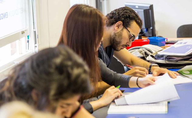 بخش نوشتاری آزمون IELTS موسسه ایران اروپا