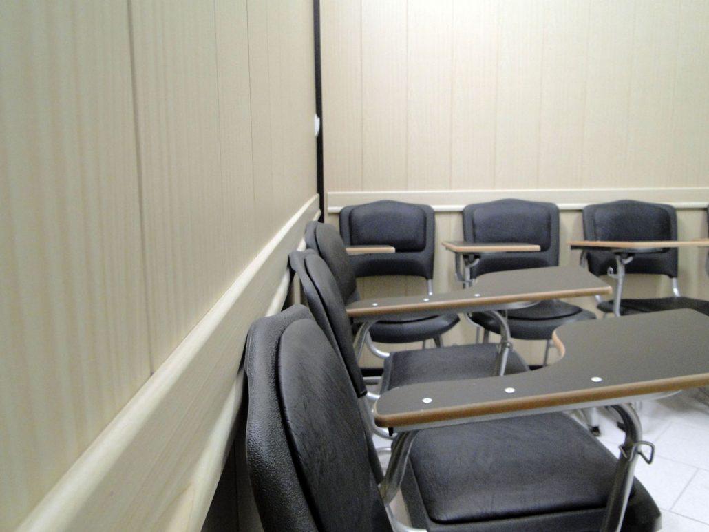 صندلی های ارگونومیک در واحد دیپلمات